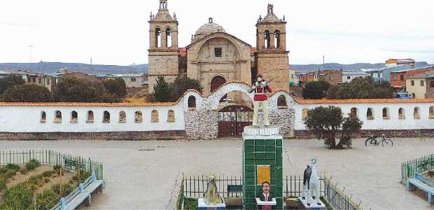Iglesia Santiago de Machaca